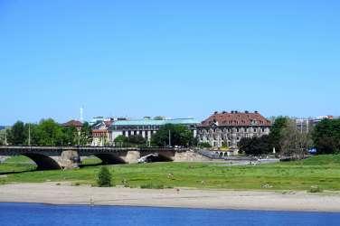Das The Westin Bellevue Dresden liegt direkt am Neustädter Elbufer